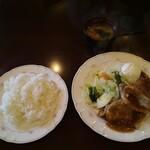 ハピネス - 料理写真:特製しょうが焼き定食