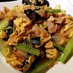 131007307 - 青菜・肉・卵のオイスターソース炒め