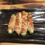 鐵の家 - アスパラ肉巻き串253円。大好物です♩。とても美味しかったです(╹◡╹)