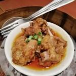 福盈門 - スペアリブの黒豆風味 お肉をミシミシ剥ぎ取るのが旨い