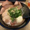豚の骨 - 料理写真:
