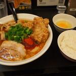 辛口肉ソバ ひるドラ - ②辛口肉ソバ醤油&生卵&カラアゲ + 白ご飯(小)