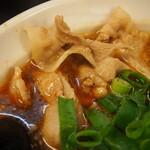 辛口肉ソバ ひるドラ - ②辛口肉ソバ醤油(薄切豚バラ)