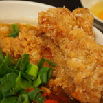辛口肉ソバ ひるドラ - ②辛口肉ソバ醤油(カラアゲ)