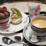 131014525 - いちごムースのチョコラパフェと抹茶ソフトとコーヒー