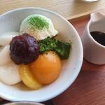 茶房 贔 - 白玉クリームあんみつ:680円(税別)