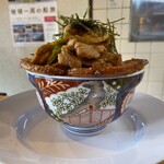 豚丼専門店 木ノ下 - 料理写真:サイドから