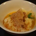 辛口肉ソバ ひるドラ - ②残った生卵でTKG