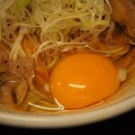 辛口肉ソバ ひるドラ - ③辛口肉まぜソバ味噌(生卵)