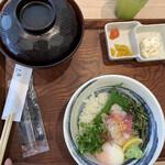 匠海 - 海鮮丼定食   780円(税抜)