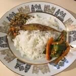 チーニーカリー - バスマティライス&副菜
