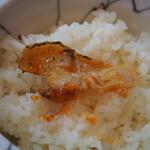 辛口炙り肉ソバ ひるドラ - 薄切り豚バラ オンザライス