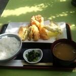 魚金 -          天ぷら定食