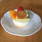 シュール洋菓子店 - スペシャルプリン