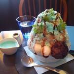 おいもカフェ 金糸雀 - チョコミントかき氷 850円
