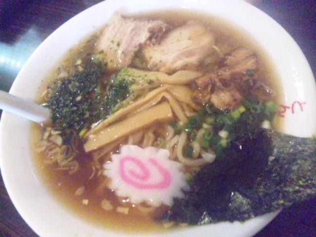 赤湯 とんとんラーメン - しょうゆラーメン580円