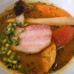 スープカレー plus one - 厚切りベーコン&ガーリックフランクのスープカレー