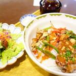 Raunjikinkei - 同行者のオーダーしたサーロインステーキ丼3,200円
