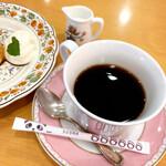 ochanomizuogawaken - コーヒー(500円 +税)             パンダのシュガーが可愛い