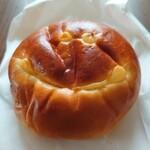 Petit Riche - クリームパン