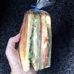 ブーフーウー - 料理写真:トーストサンド370円