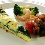 永田台 - 料理写真:前菜三種盛り、ご予約にてセットメニューにプラスできます。