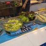 市場直結 柳橋ビアガーデン - 食べ放題の食材