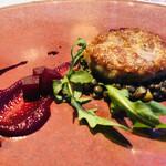 メゾン・バルサック - 千葉県産元気豚のカイエット レンズ豆 ビーツのマスタードソース