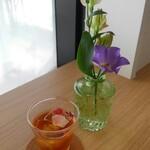 花カフェ ブルーミーズ - ウェルカムドリンク