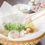 玄品ふぐ 左右海 - こだわり抜いた素材を紙鍋で―【てっちり】1,980円