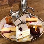 ヤマ ベイクド - セクシーヒップの周りにケーキ6種