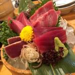 Hokkaidoubussan - マグロ盛り合わせ