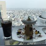 カフェ ド シエル - アイスコーヒーとミルフィーユ