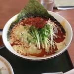 群鳳 - 白ごまタンタン麺