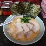 壱七家 - 2020年5月 チャーシューメン(醤油)大盛り 950円(大盛無料)