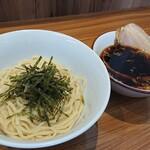 ら~麺 安至 - 料理写真:つけ麺 (期間限定)