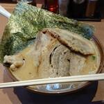 江戸前味噌ラーメン - 料理写真: