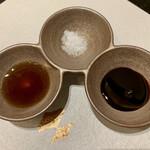 カツレツMATUMURA - ポン酢↠塩↠ウスターソース