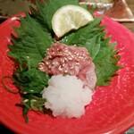 銀しゃりdining 火土木 - 鯛わた塩辛。鯛のわたを塩辛にするという発想が凄いです。めっちゃおいしい。日本酒の肴にぴったりです。創作系料理の良い成功例だと思います。