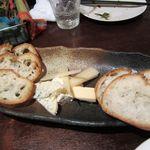 キンピラキッチン - チーズの盛合せ