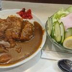 キッチンニュー南海 - カツカレー&生野菜サラダ