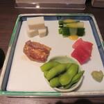 吉祥寺 砂場 - 「前菜の盛り合わせ」