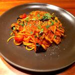 INDIGO - 太麺のアマトリチャーナ