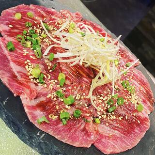 厳選和牛を「焼肉」で、またはワインに合う1品料理で
