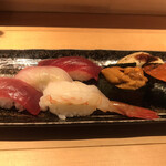 魚河岸 次郎松 - 次郎松御前3800円。握り。マグロはバチマグロだと思います。赤身は美味しかったですが。。。ボタンエビが特に良かったです(╹◡╹)