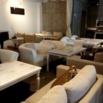 Cafe de Voila -