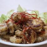 ヤッサイ モッサイ - 山芋とチーズのペッパーソテーアップ