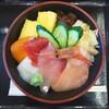 氷見海鮮丼 粋鮨 - 料理写真:色彩り海鮮丼 並
