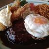 マーサーズキッチン - 料理写真:ハンバーグ&エビフライセット(昼)