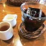 パンと喫茶 松波 - アイスコーヒー